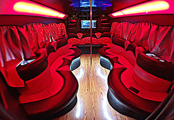 11-16 P - Party Bus Int 1