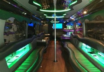 40-45 P - Party Bus Int
