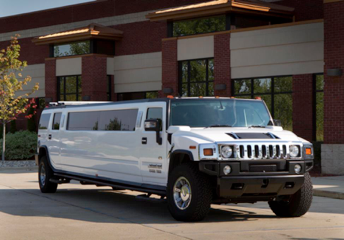 11-16 P - Hummer Stretch Limousine Ext
