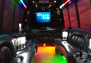 11-16 P - Party Bus Int